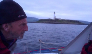 Skipper on a mission, Pladda Light at last...